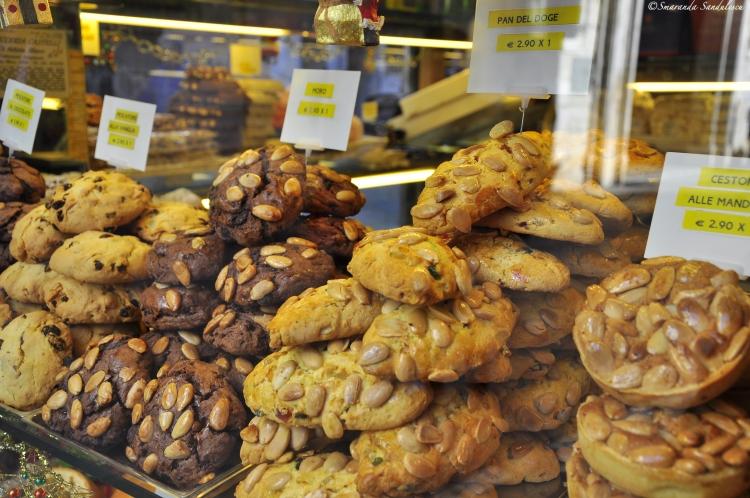 Venetian cookies